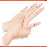 nốt ruồi trên ngón tay hình ảnh